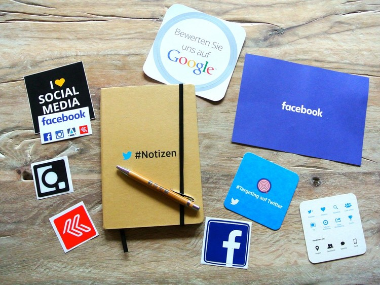 Nine Reasons for Small Business and Freelancers to Build a Dominating Strategy on Social Media
