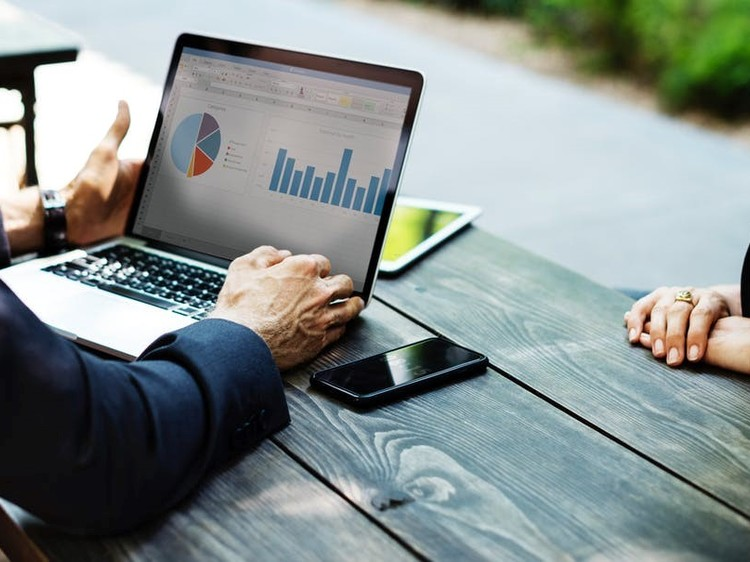 OPERATING AN SME?  INCORPORATE THESE SOCIAL MEDIA MARKETING TIPS FOR GROWTH