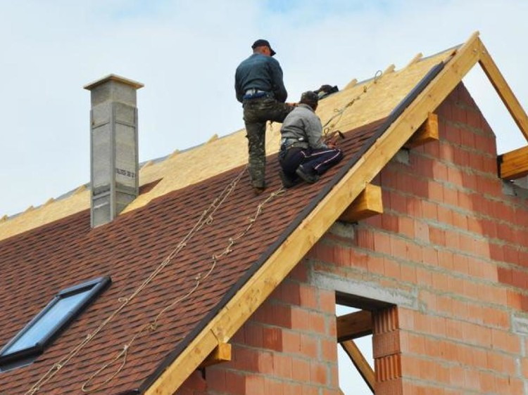 Get your Roofs Repaired by Professionals in Los Angeles