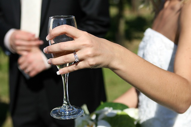 You'll Never Guess The History Behind Your Engagement Ring