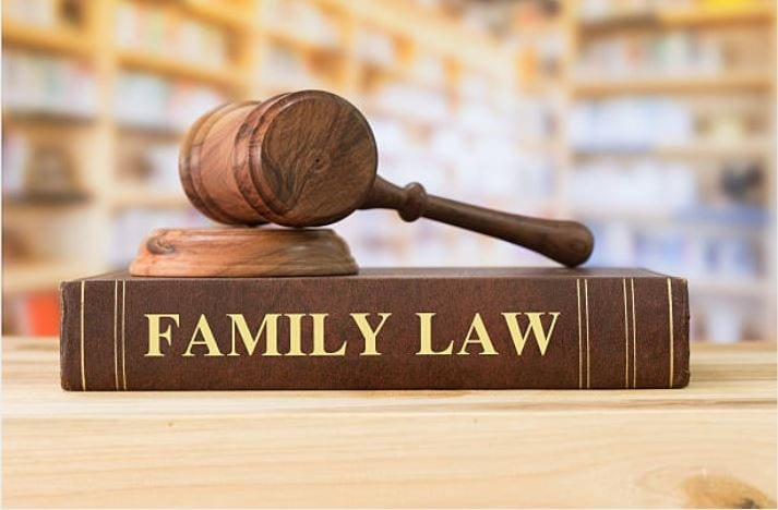 What Are The Advantages Of Hiring Expert Divorce Lawyer For Your Case?