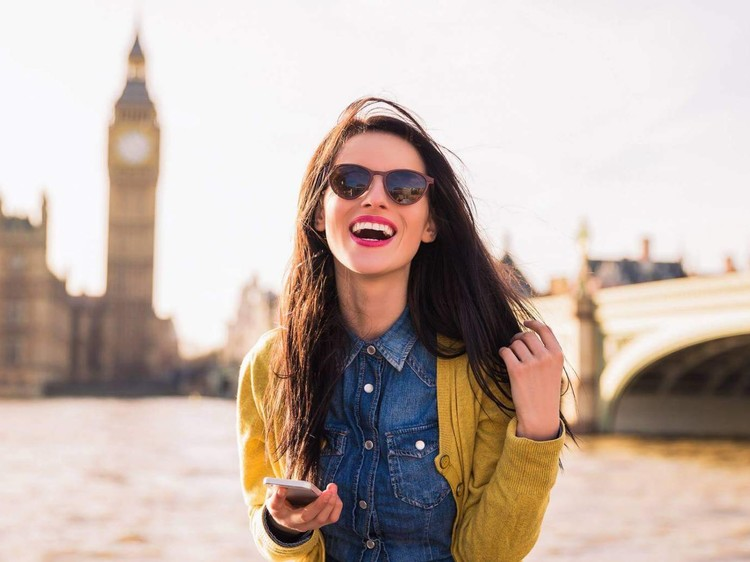4 easy scholarships a student can win to get admission in UK