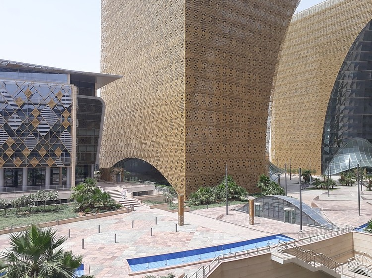 How to start a small business in Riyadh