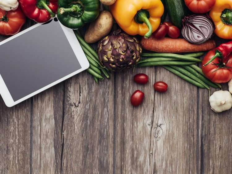 Top advantages of mobile apps that immensely benefits Food Blogs
