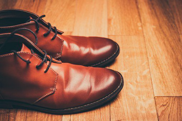 Must  Have  Shoes  in  Every  Man's  Closet