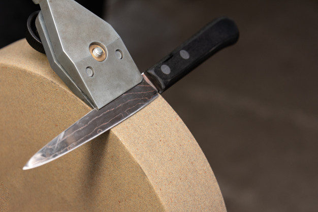 Which Type of Knife Sharpener is Perfect For Your Kitchen?
