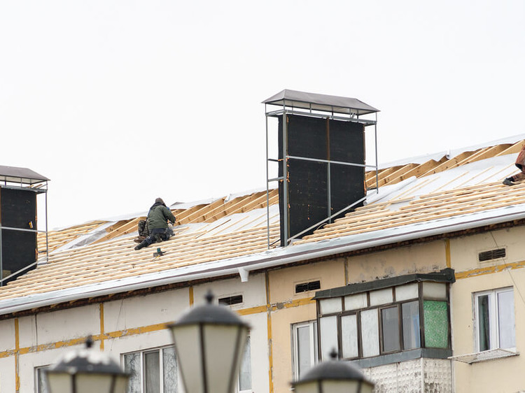Points to consider before hiring a roofing contractor
